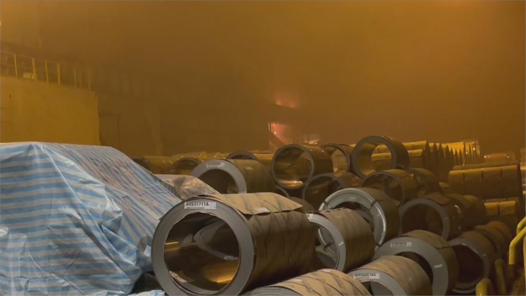 疑人為操作不慎油槽失火 燁聯鋼鐵遭勒令停工環保局:待消防局調查出爐再決定開罰