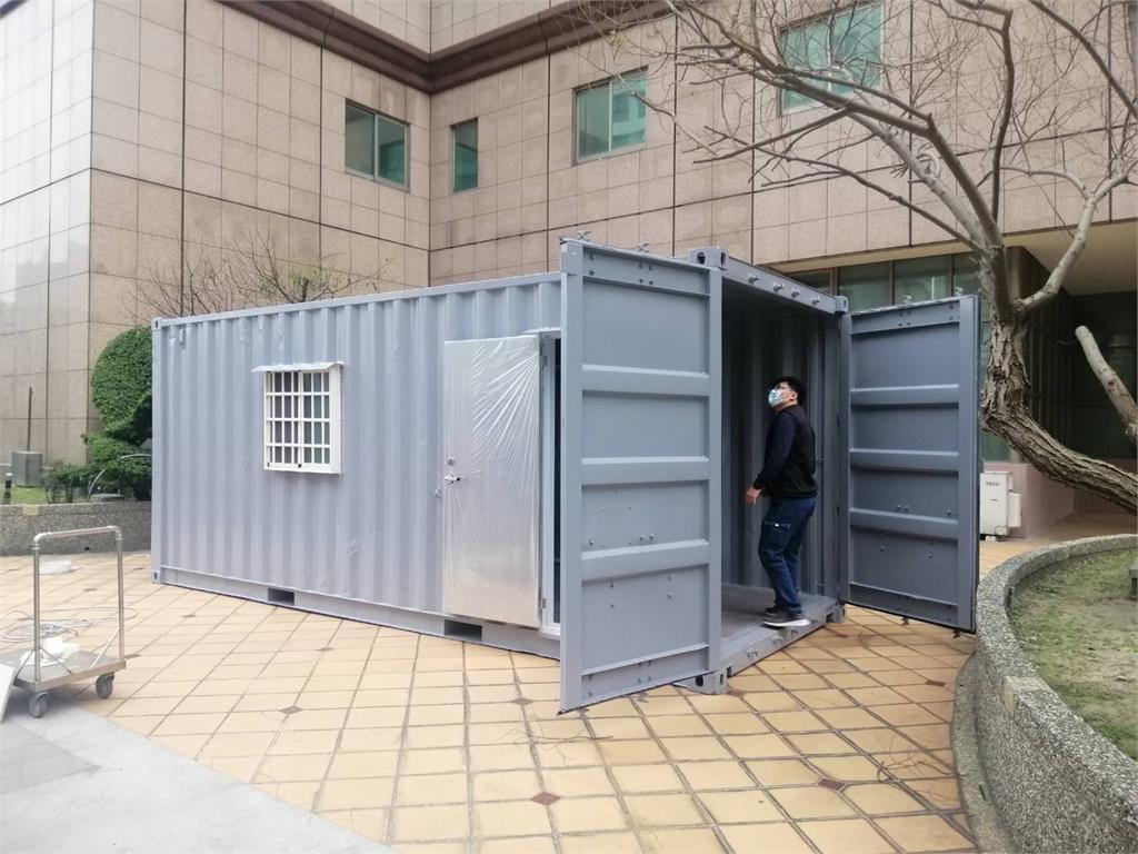 快新聞/大型貨櫃屋來了! 台大名醫施景中:醫護動起來準備共赴國難