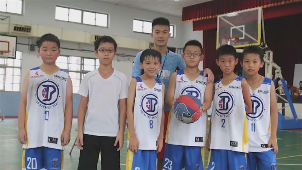 多益只考100分!台灣人「英文不好」到澳洲教籃球 竟成當地明星教練