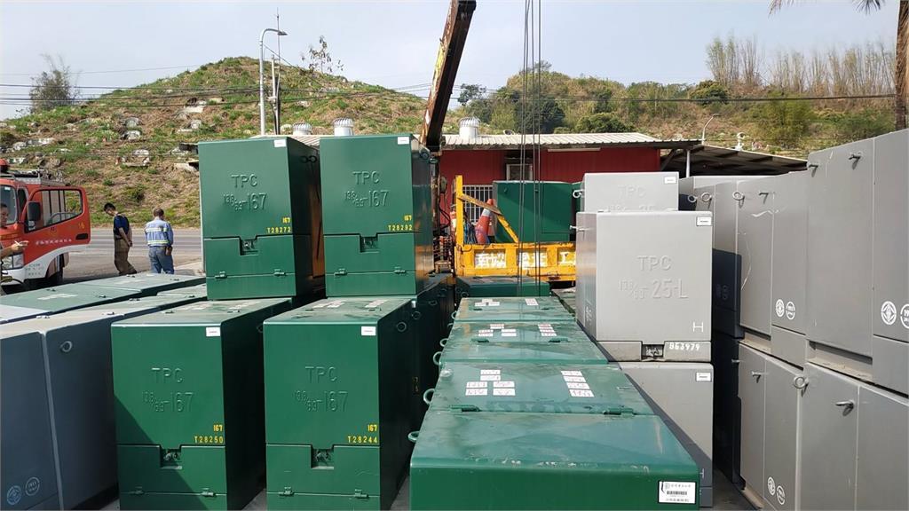 快新聞/台南左鎮工安意外 台電包商男工人遭600多公斤電箱壓住命危