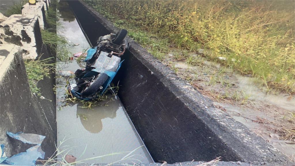 撞護欄摔車後昏迷? 女騎士離奇溺斃30公分深水溝