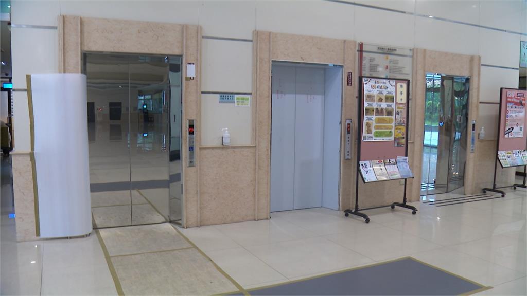 世新電梯案深喉嚨揭真相 柯文哲祭「連坐」撤換建管處長