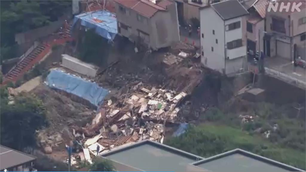 住家滲水疑為崩塌前兆 警消提前撤離居民