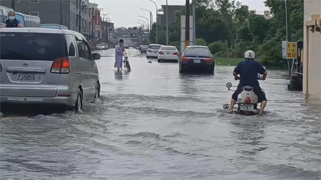 雨大到北港鎮停班停課! 豪雨大轟炸...雲林縣災情頻傳