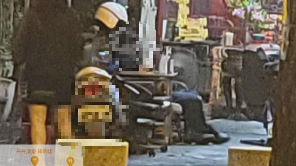 翹班半小時跑宮廟滑手機 員警沒帶罩依法開罰