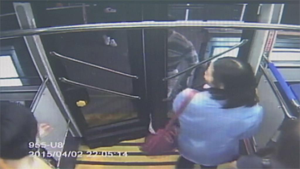 公車車門夾人事件多 擬修法致傷扣照6個月