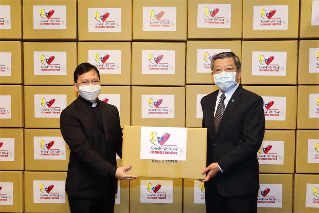 快新聞/台灣再援贈教廷20萬片口罩 駐台大使代轉達教宗關懷