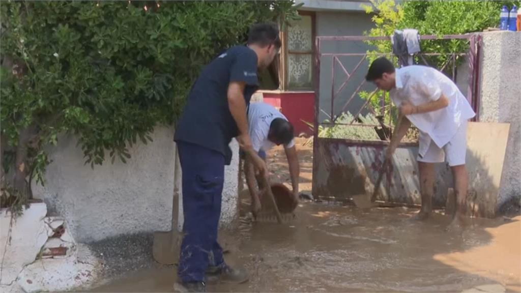 有雨淹大水、沒雨熱死人!  希臘降8成年雨量 法國恐飆40度