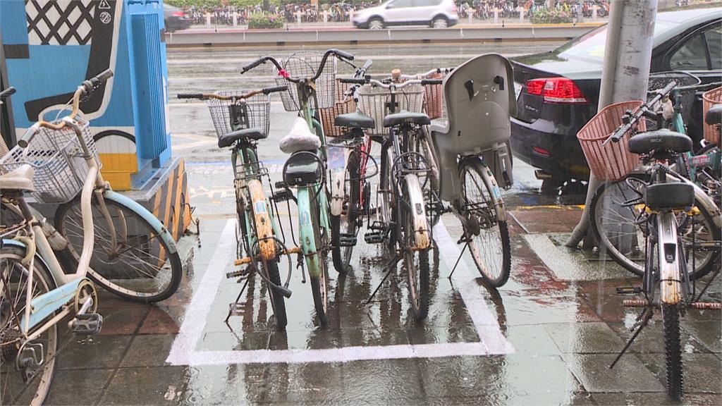 單車違規、事故案件暴增!北市研擬「車牌系統」加強管理