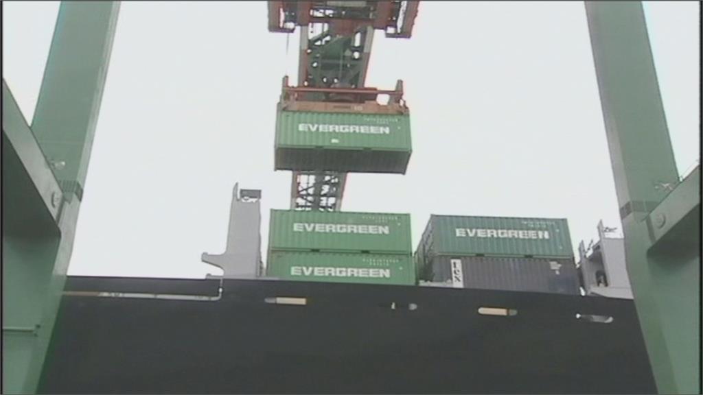 貨櫃散裝航運齊回神 長榮續居上市人氣王