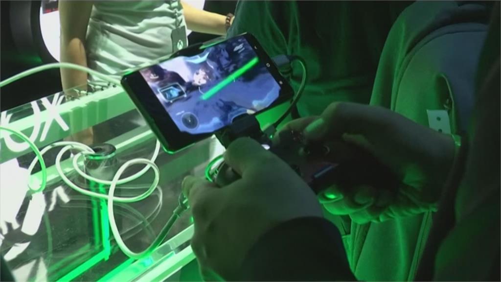 玩家看過來!PS5 11月上市定價500美元對決微軟XSX