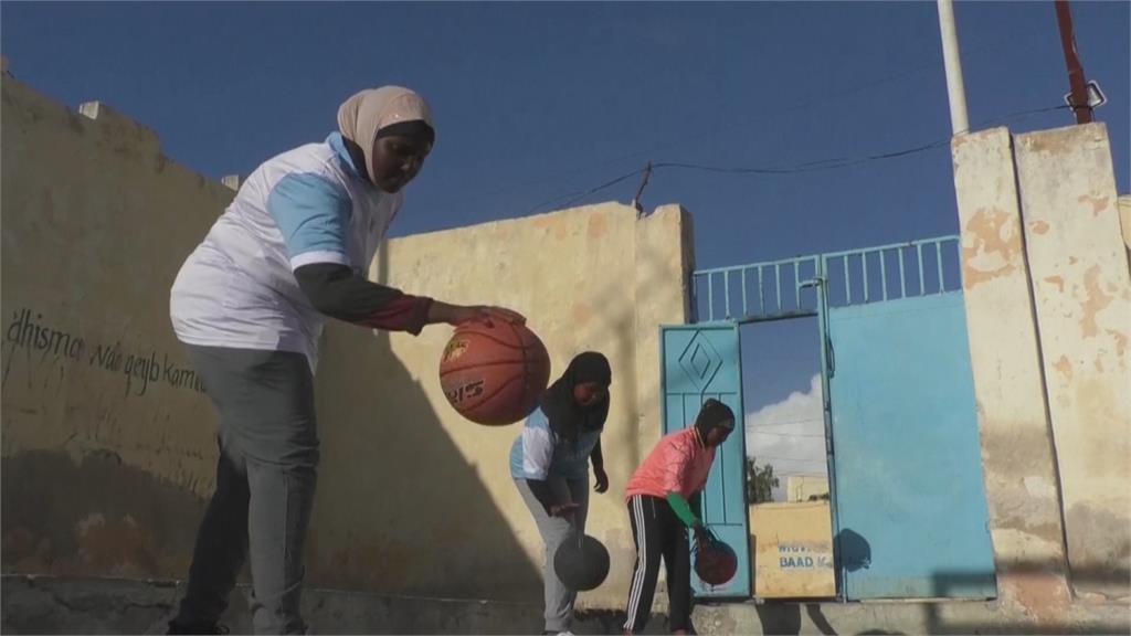 歧視打壓下 追求運動夢想 索馬利亞女性 刻苦訓練