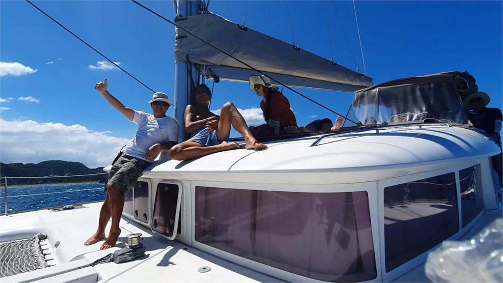 暑假國旅出遊夯 蘇澳推「雙體帆船遊祕境」