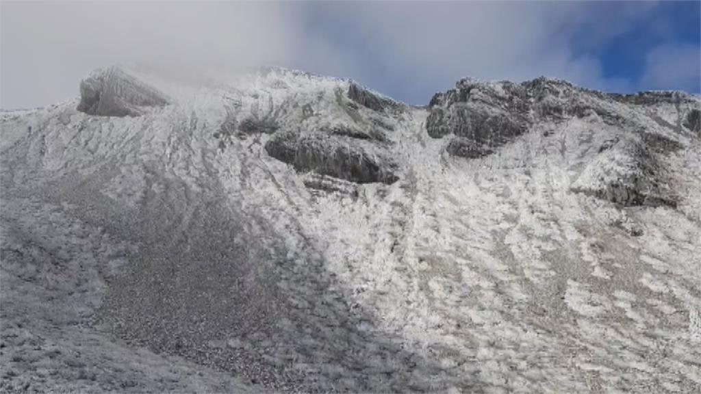 雪霸國家公園降大雪 積雪深達35公分