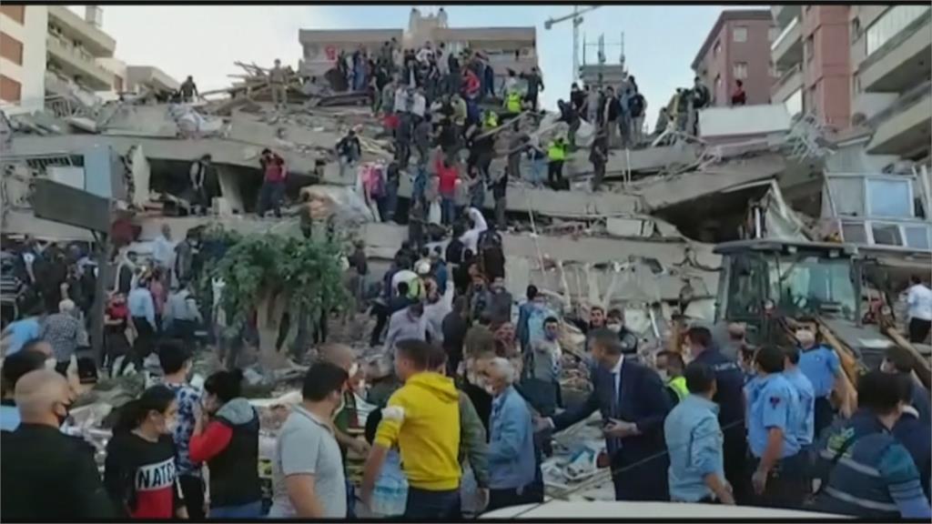 土耳其7.0強震已4死120傷  小規模海嘯淹沒街道