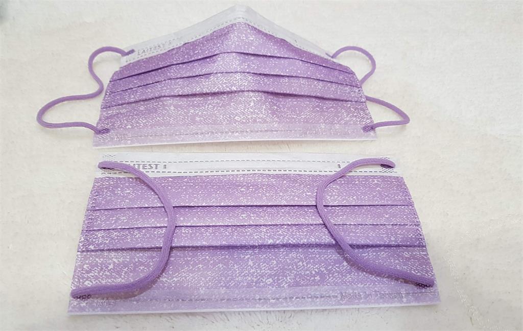 這回改走都會時尚風!<em>萊潔</em>「牛仔薰衣紫」口罩絕美色調 一開賣就秒殺
