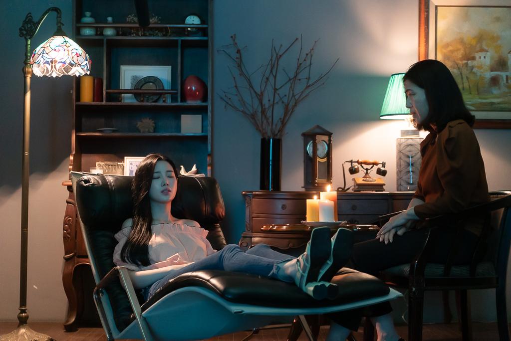 IU認證的「可愛惡鬼」李大衛在催眠治療後竟出現幻覺?!