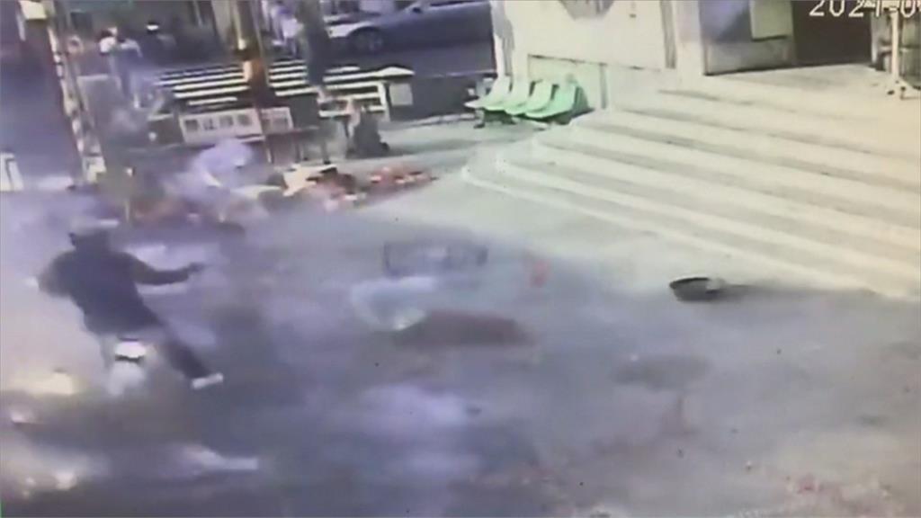 嘉義宮廟香客被鞭炮炸傷 「45%燒燙傷」有生命危險