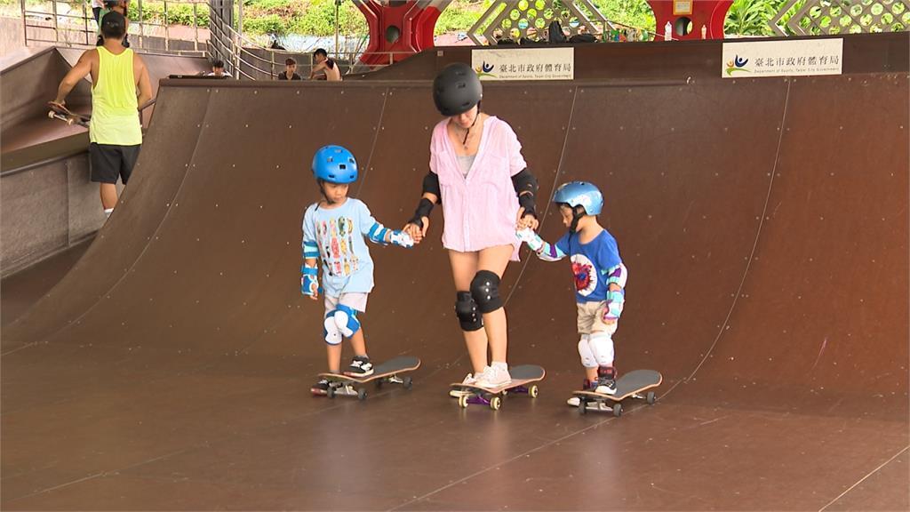 45歲陳仙梅「媽媽兼同學」 攜二子挑戰極限運動