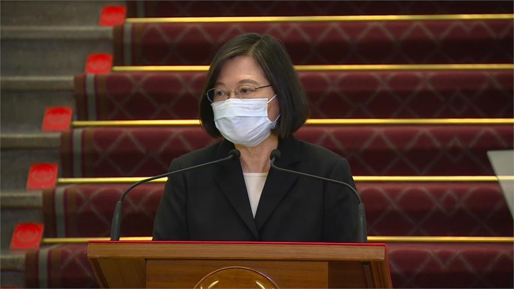 快新聞/台灣取得疫苗破700萬劑! 蔡英文再喊話:拚7月底覆蓋率25%