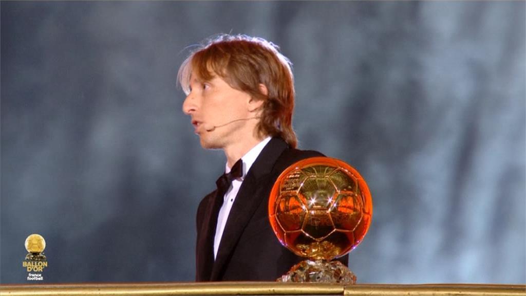 「魔笛」奪金球獎 斬梅西、C羅十年壟斷