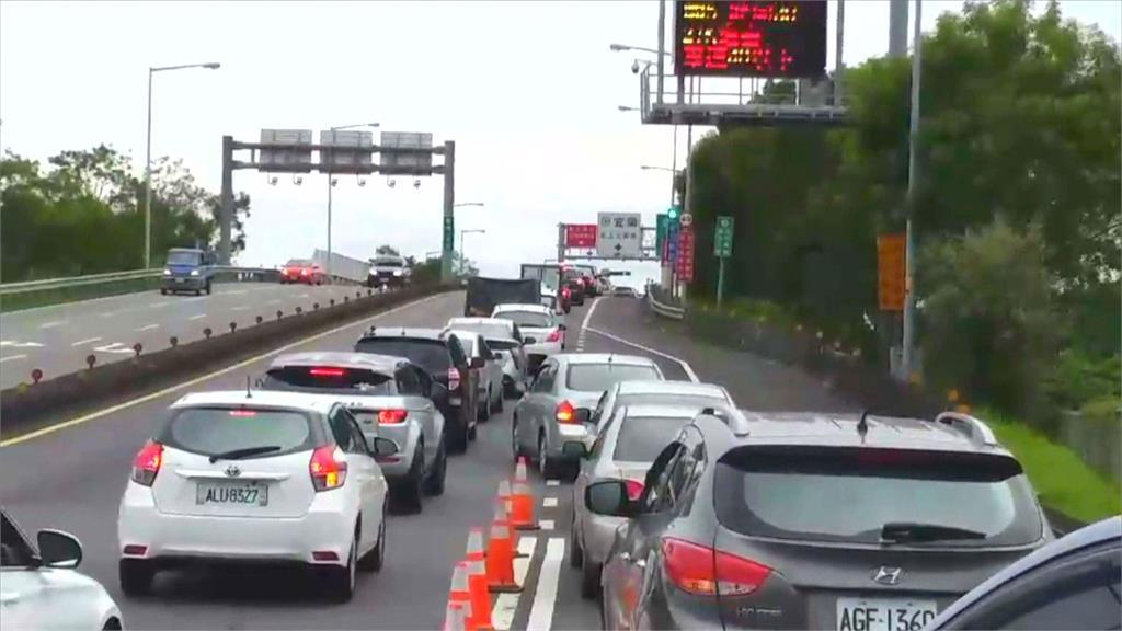 中秋、國慶連假防塞 交通部APP設國五專區