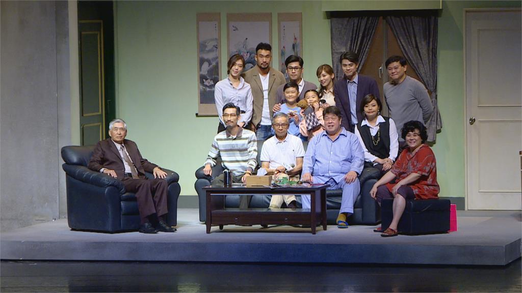 疫情、祝融之災 「人間條件6」如期演出  吳念真感動:台灣人的劇團不能倒!