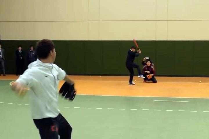 素人大膽挑戰前田健太 二縫線速球嚇壞網紅