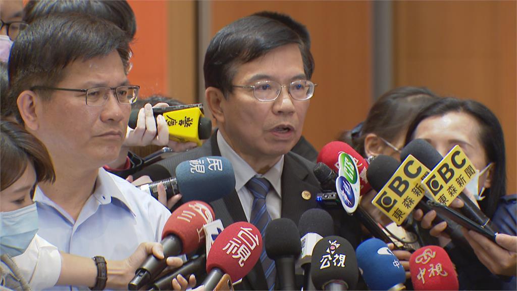 政院宣布王國材接交通長 鐵道局長胡湘麟任交通部次長