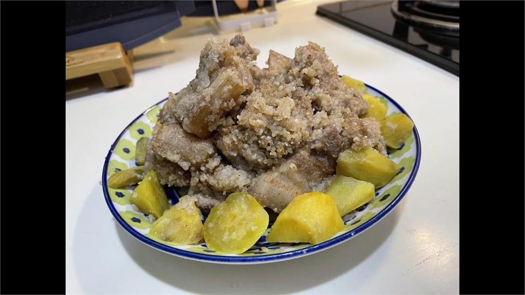 《當男人戀愛時》邱澤必吃粉蒸肉 簡單4步驟愛的料理端上桌