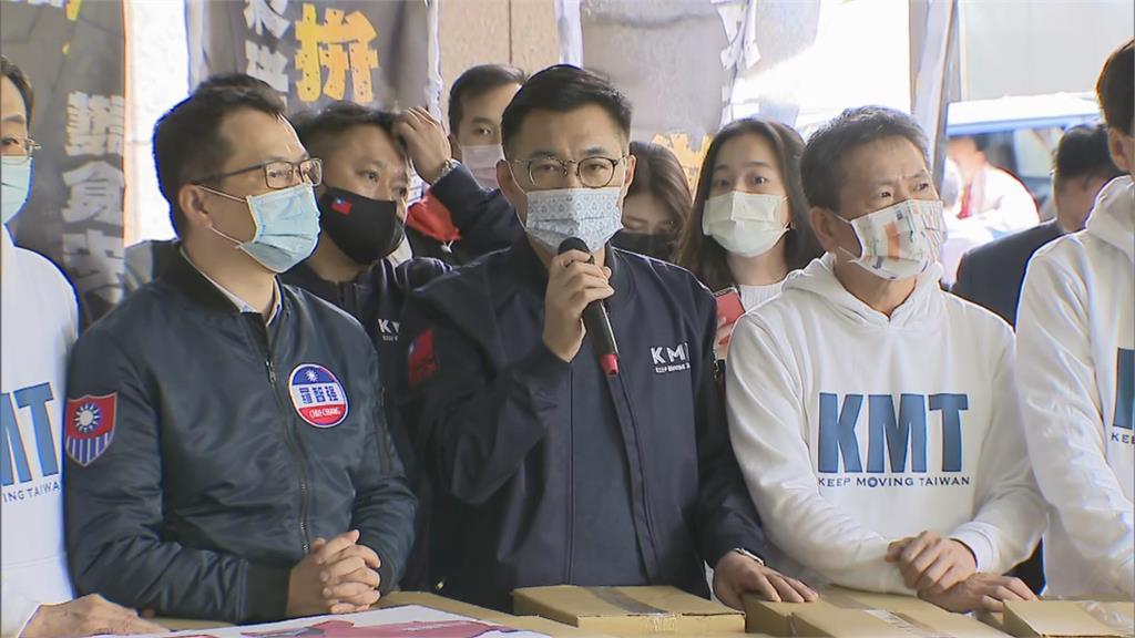 快新聞/國民黨兩公投破100萬連署送抵中選會 江啟臣:我們送來的是民怨