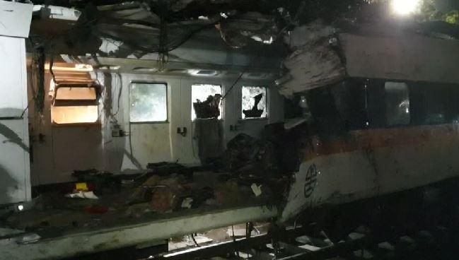 快新聞/太魯閣號死傷最慘「第8節車廂拖出」 車頭被削一半、車體嚴重受損