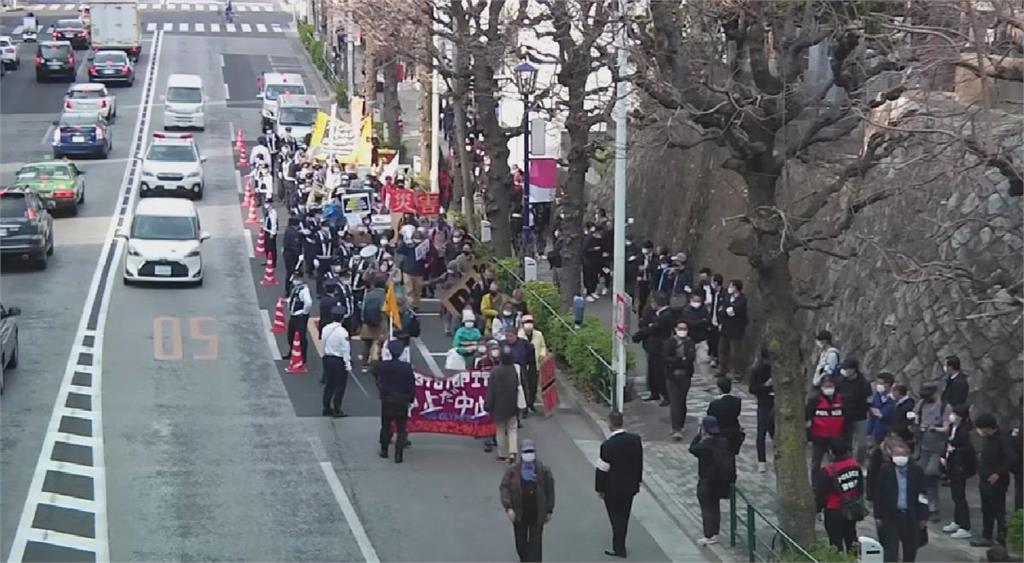 現況不宜辦奧運 東京民眾上街遊行抗議