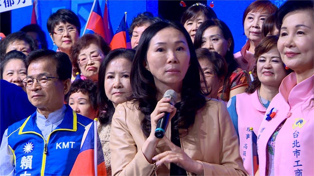 李佳芬搶北市婦女票 替韓國瑜背書「學貸免息」