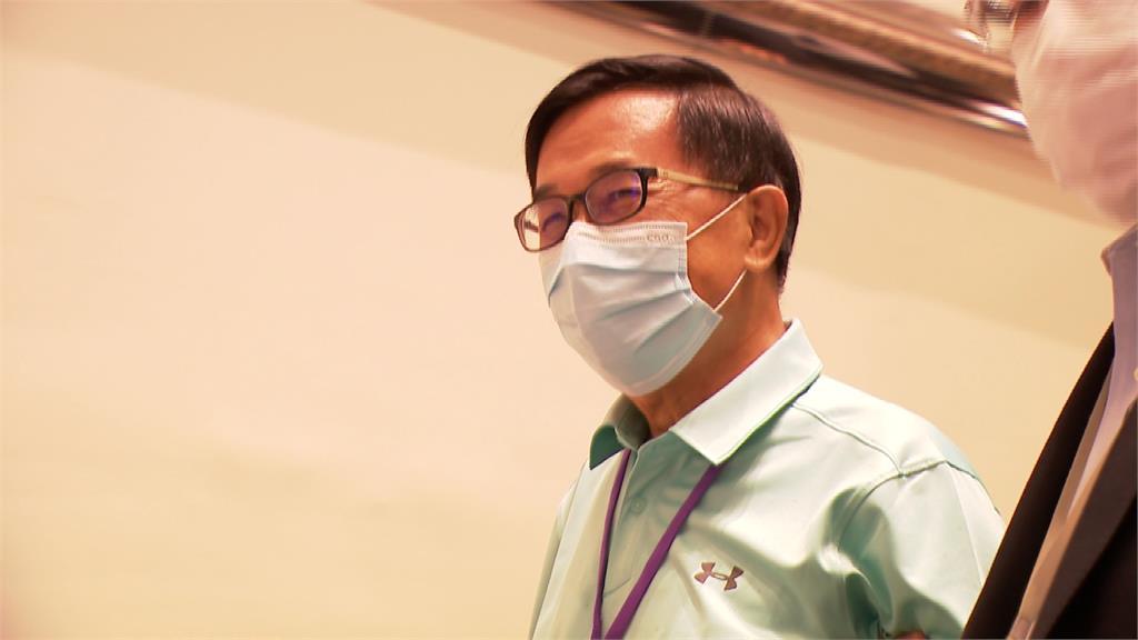 阿扁現身民進黨全代會投票 事前PO文:今天會被抓嗎?