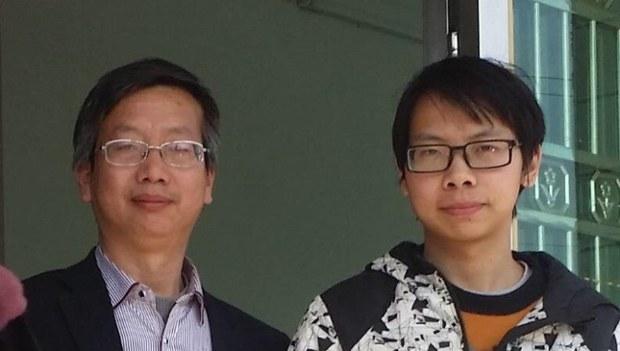 中國被捕NGO成員父親 出書講述為子維權經歷