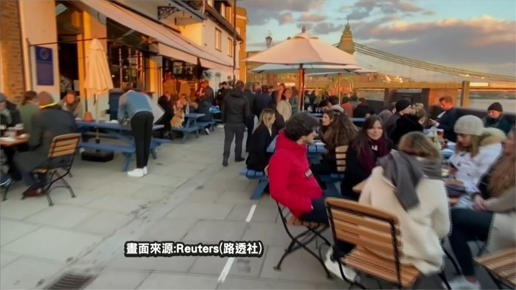 英國放寬二階段封鎖 商店營業 民眾擁上街
