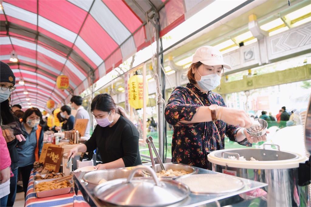 別讓在地美味消失! 萬華近百家餐飲業者自救 籲外帶撐生計