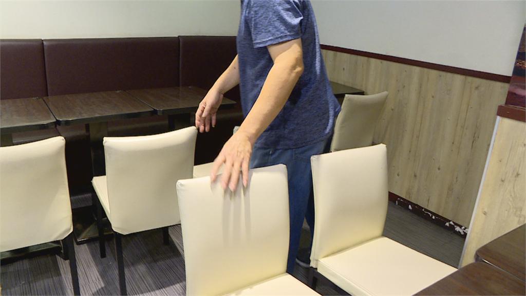 餐廳吃飯撞到人被瞪了一眼竟拿安全帽猛K 亮刀威嚇遭送辦