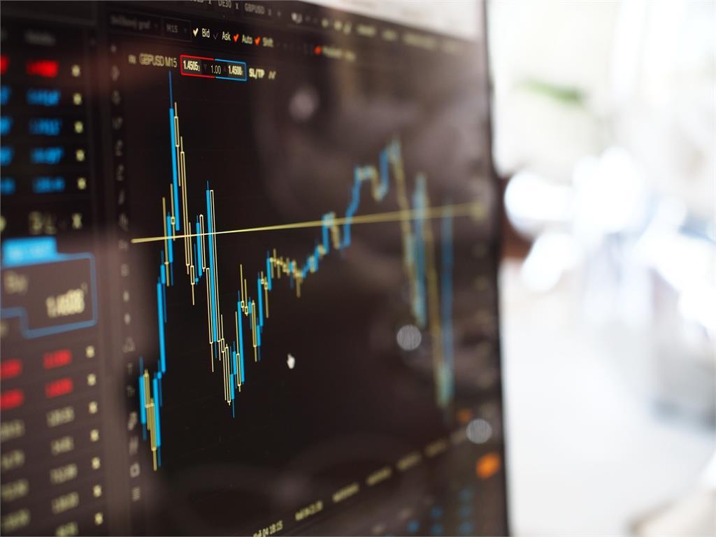 全球經濟恐將崩盤?美國金融專家示警:美股恐在年底暴跌80%