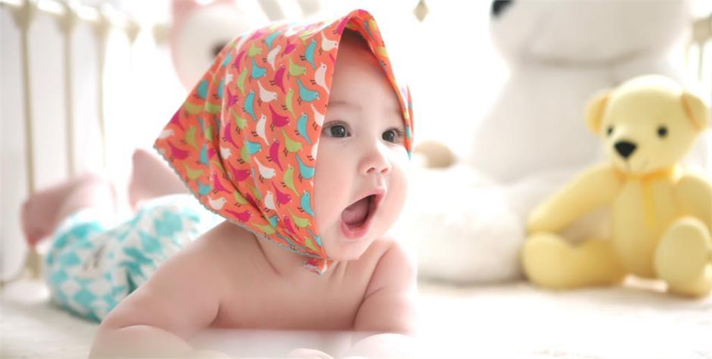 生活/拯救新手爸媽的黑眼圈!試試 E.A.S.Y 四模式循環 幫助寶寶建立生活作息 輕鬆睡過夜