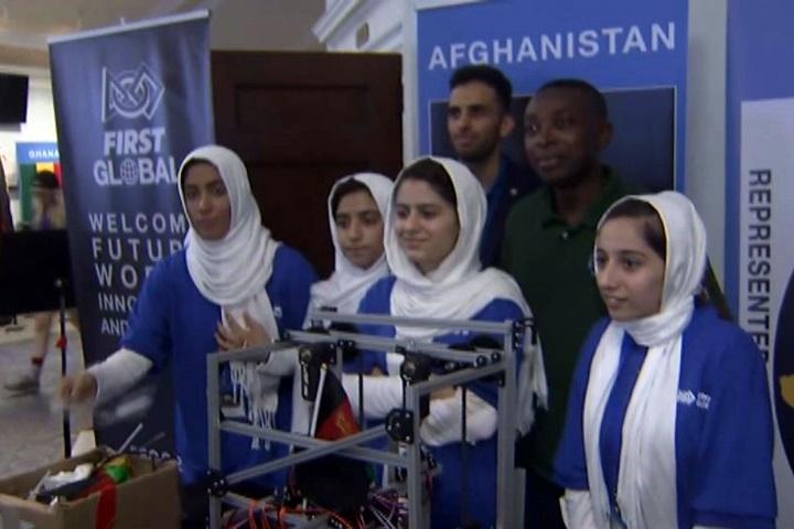 機器人大賽華府登場 阿富汗娘子軍勇奪牌