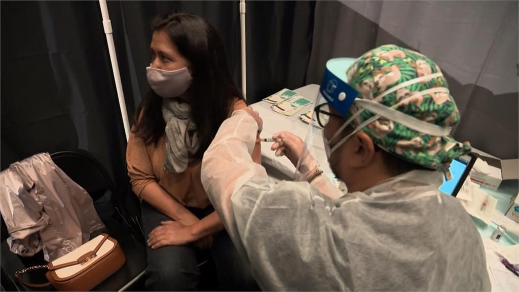 全美50州疫情大反彈 接種數急降單日剩30萬劑