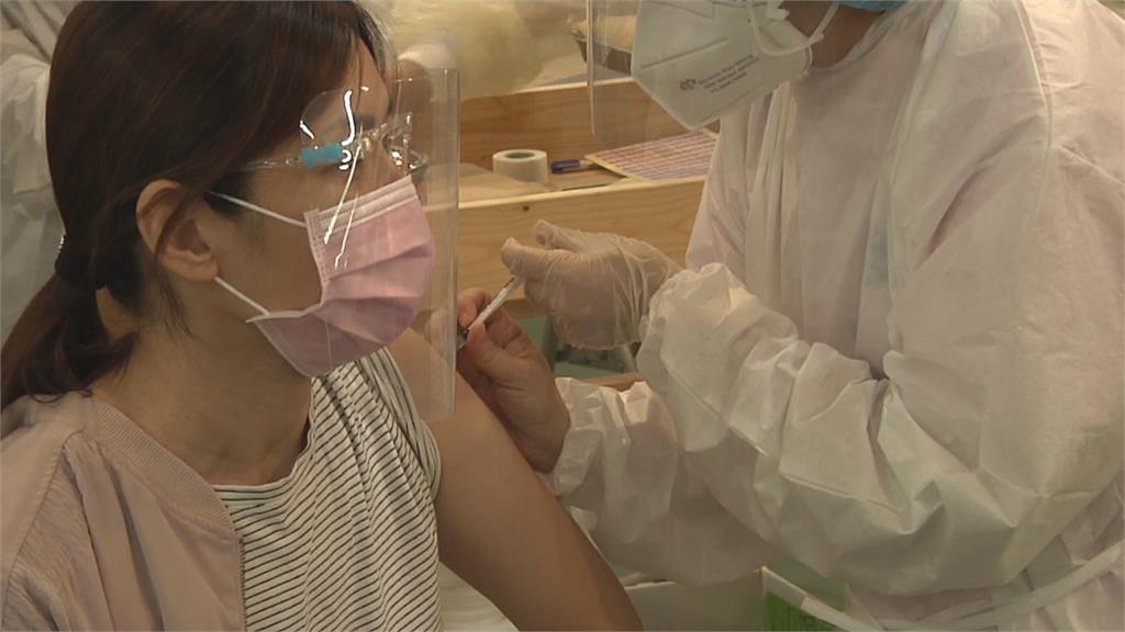 老師接種兩樣情 中苗雲補教打疫苗 彰投苦等