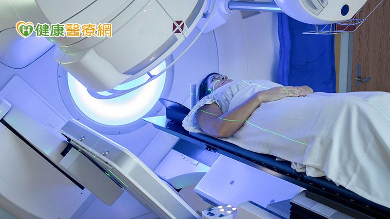 乳癌術中放射治療 保留外型且低副作用