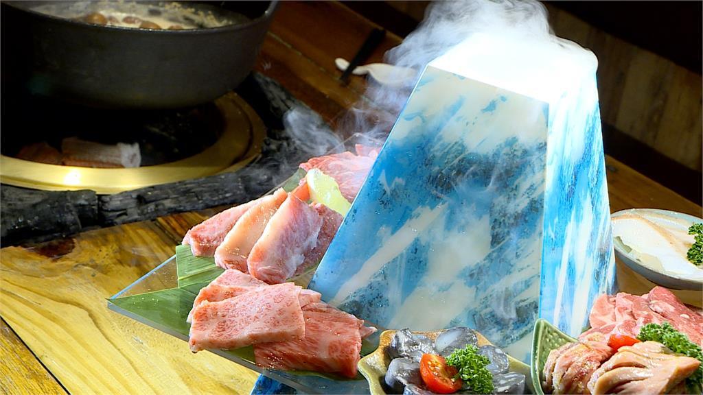 搶賺嗑肉商機!燒肉富士山超吸睛 燒肉攜手火鍋業者聯名 12項食材套餐不到千元