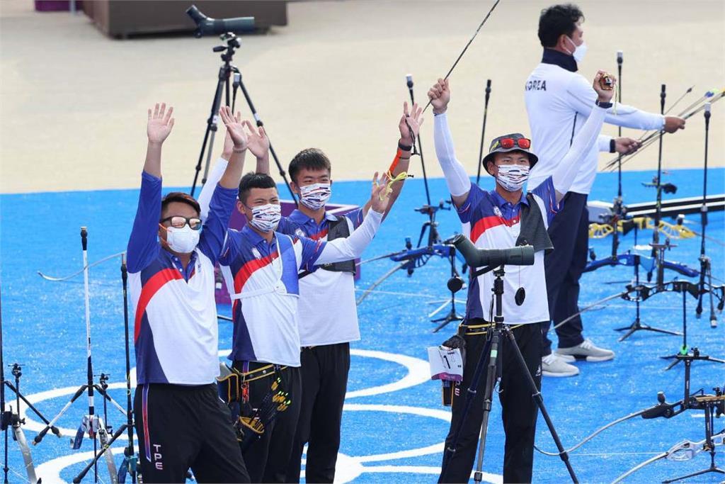 東奧/睽違17年射箭男團勇奪銀 賴清德謝謝「三箭客」:每一箭都射出國人的驚呼
