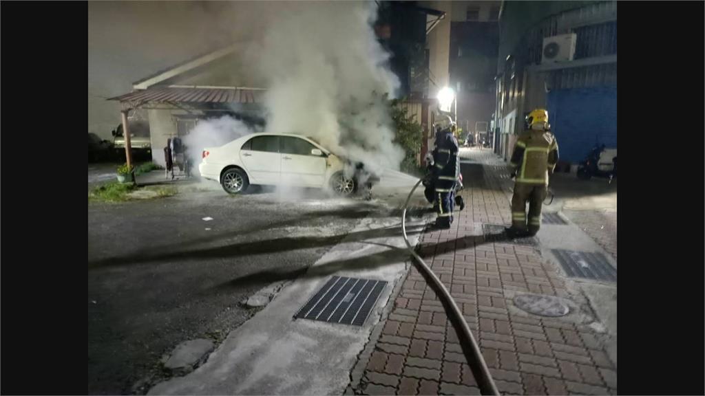 用一把噴燈!中秋縱火燒4輛汽機車 警循線到墓園逮嫌