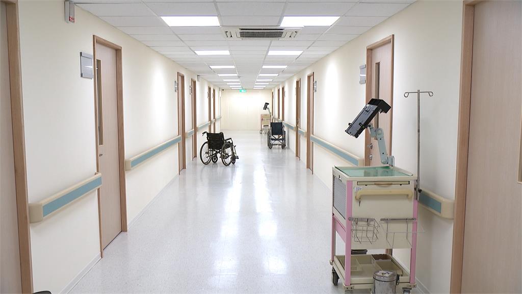 醫院版中影文化城 新北深坑醫院實景棚完工