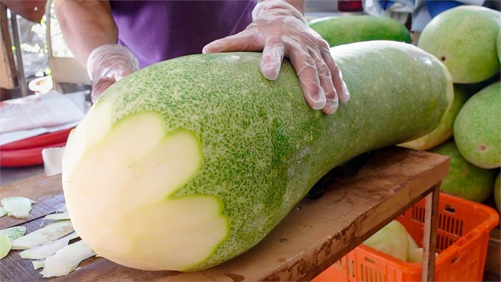 看好了世界!台灣50年老店手作冬瓜糖 「過程超療癒」600萬人一看愛上